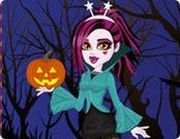 Play Draculaura Halloween Costumes Dress Up Game