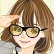 Play Clara Girl Dressup Game