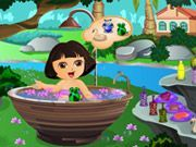 Play Cute Dora Bathing Game