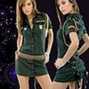 Play Girl Commander Spaceship Game
