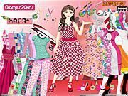 Play Kelly Candy Girl Dressup Game