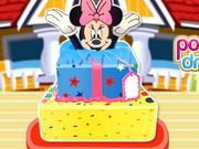 Play Minnie Mouse Surprise Cake Game