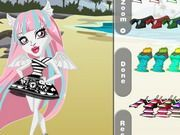 Play Monster High Chibi Rochelle Dress Up Game